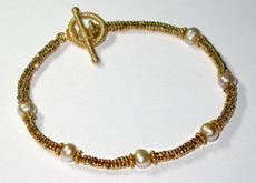 True-Cuts & Pearls Bracelet